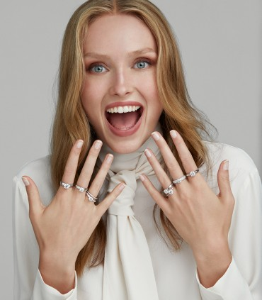 Fidanzamento: 6 consigli per scegliere il tuo anello online