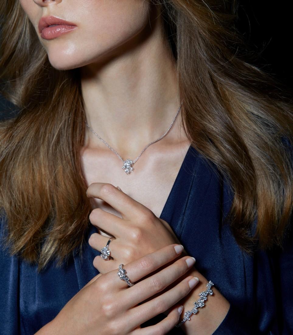 """Punto luce, diamanti come """"astri"""" per un look luminoso"""